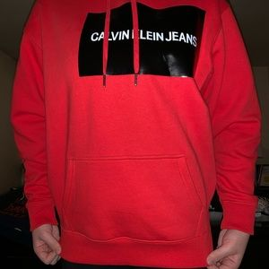 CALVIN KLEIN RED SWEATSHIRT